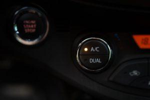 Strešna klima za avtodom zagotavlja prijetno temperaturo na vsakem izletu